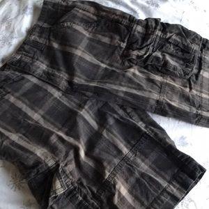 Men's mossimo plaid cargo shorts size 32